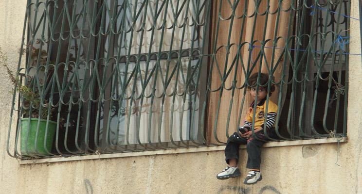 Kind-Fluechtlingslager-Ramallah-Palaestina