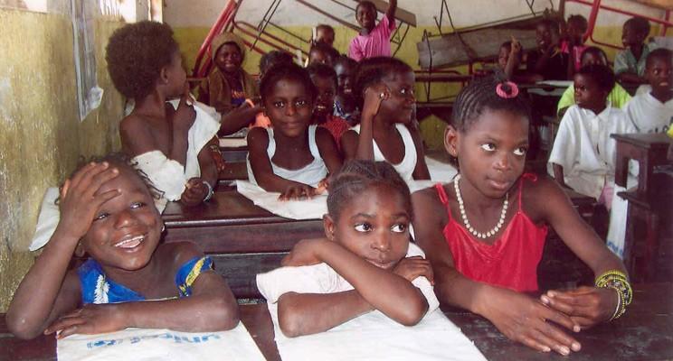 Schulkinder-in-Guinea-Bissau