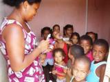 CAMPO-Kindertagesstätten: Kinder beim Zähneputzen