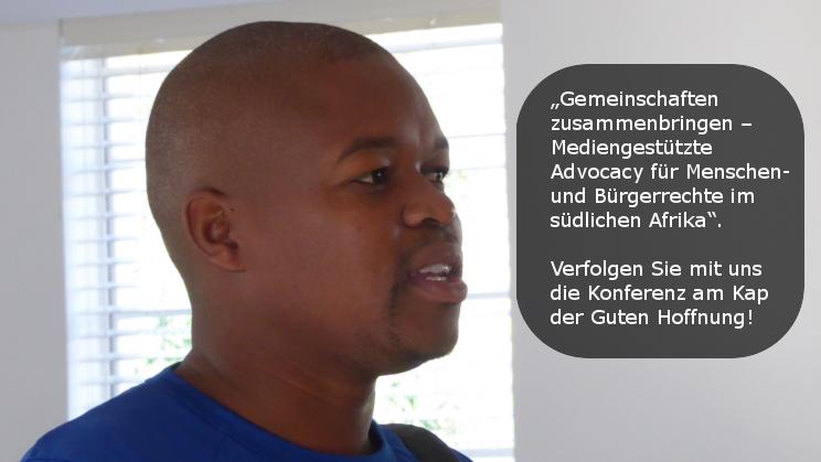 Mann redet bei der STEPS-Konferenz in Südafrika